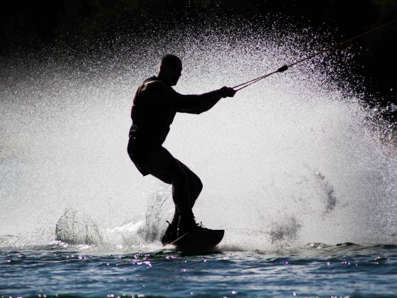 sport acquatici estate wakeboard skouty